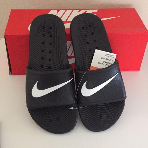 fe4d6ab9aff780 Nike woman s Kawa Shower Slides Slip-ons Size 8